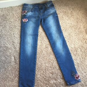 Light wash jeans with roses